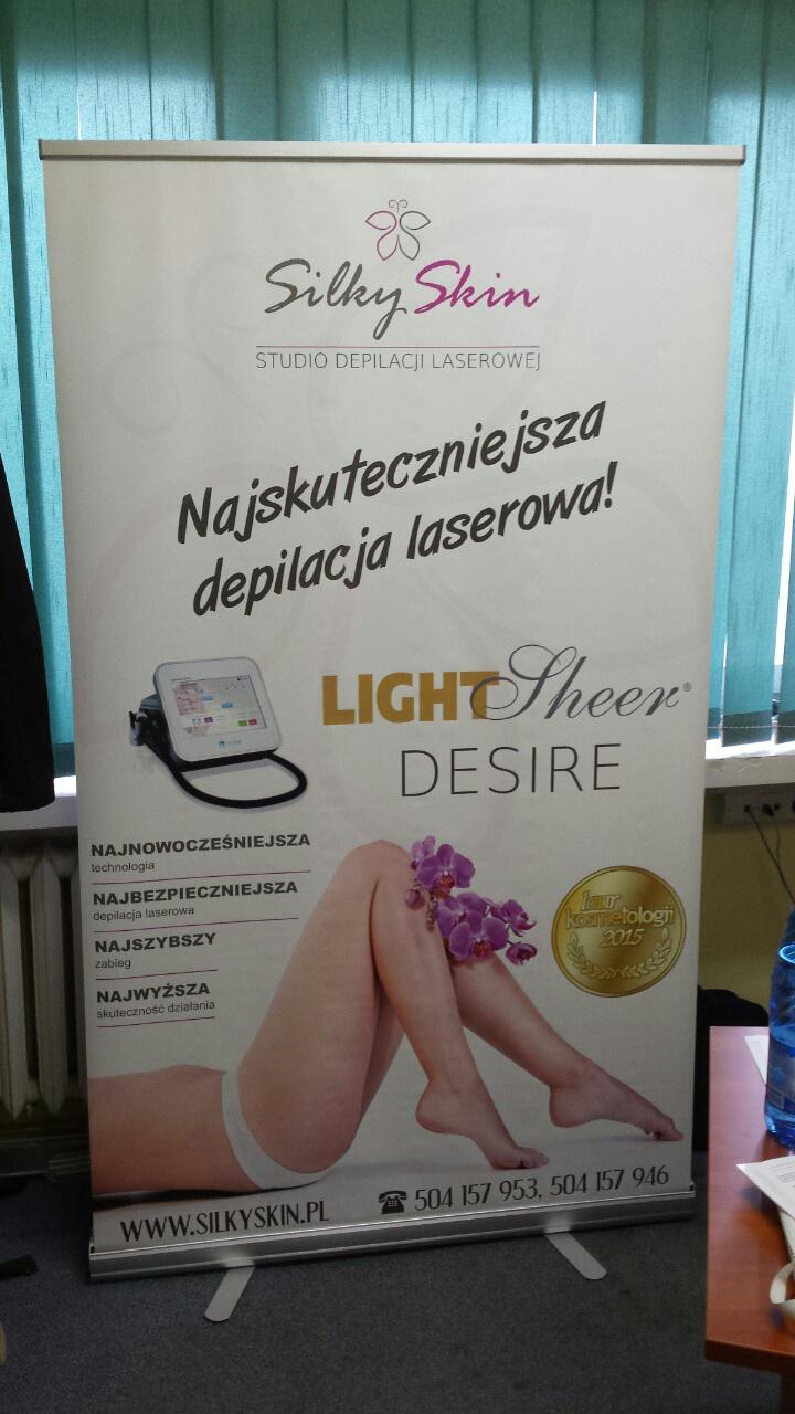 Stojak reklamowy rollup SilkySkin (120x200)